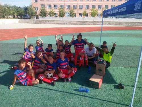 足球联赛(塔城地区复赛)在沙湾县第四中学圆满结束